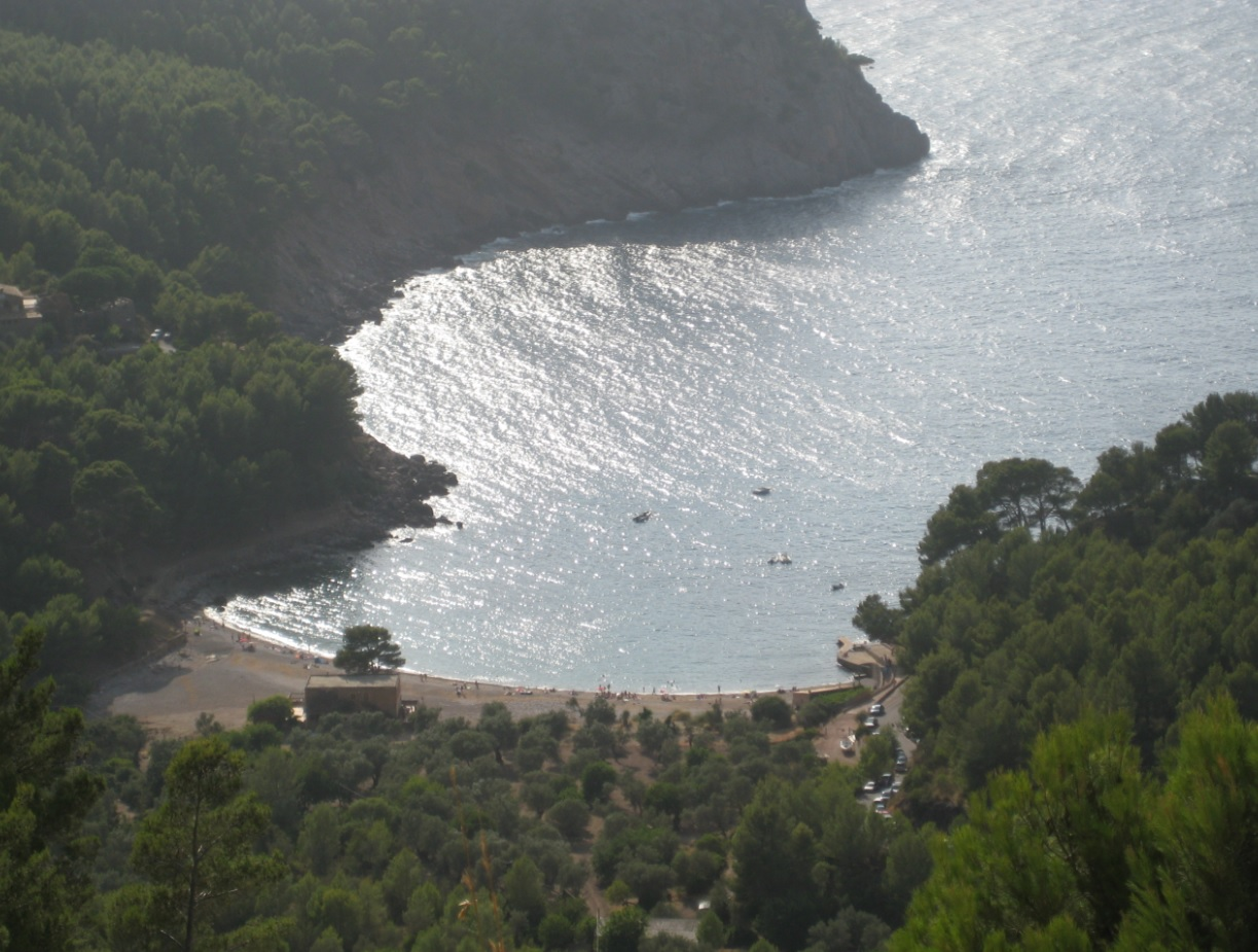Badebucht auf Mallorca an Pfingsten